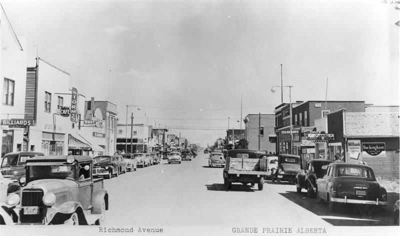 Richmond Avenue looking east from 102 St, Grande Prairie, 1950